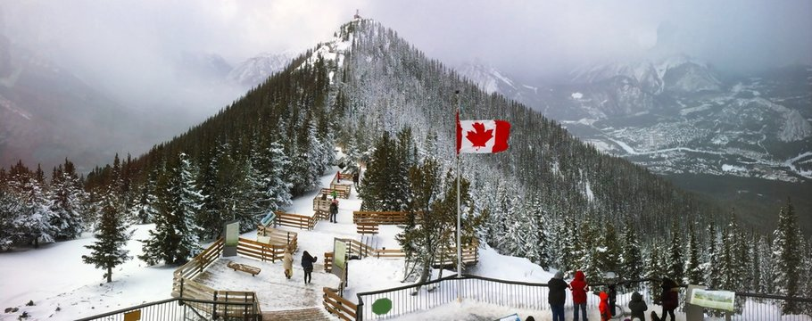 Sulphur Mountain in Banff National Park in the Canadian Rocky Mountains overlooking the town of Banff. The mountain was named in 1916 for the hot springs on its lower slopes. Elevation 2451 m