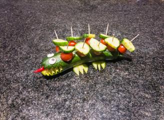 Door stickers Crocodile Gemüse schnitzen: Krokodile aus Gemüse, Salat und Obst