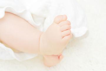 赤ちゃん クローズアップ ボディパーツ 足