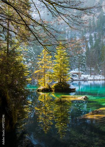 blausee schweiz kristallklarer berner oberland