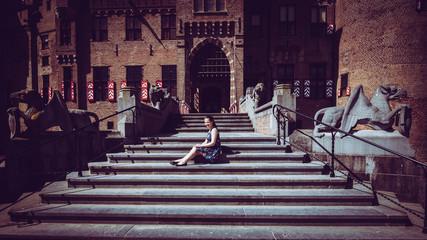 Tourist girl in the entrance of the De Haar Castle