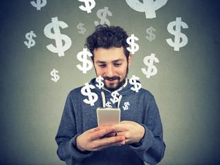 Man earning money via phone