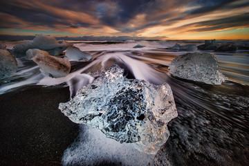 Wall Mural - Black beach icebergs