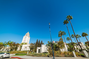Beverly Hills city hall under a clear sky