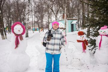 girl photographer in winter