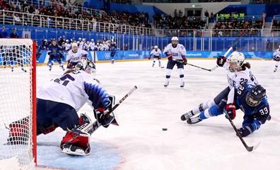 Olympics: Ice Hockey-Women Team Group A - FIN-USA