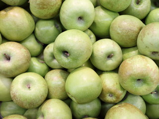 green apples in the store