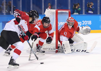 Olympics: Ice Hockey-Women Team Group B - SUI-JPN