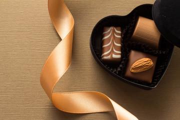 ハート型の箱に入ったプレゼントのチョコレート