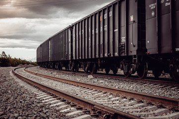 freight rail cars go on rails