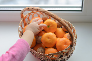 child wants Mandarin