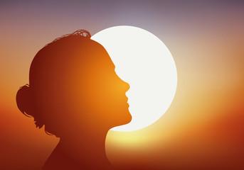 femme - soleil - profil - bronzage - bronzer - beauté - été - vacances - silhouette - coucher de soleil