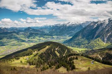 Rossfeldstrasse Blick ins Salzburgerland