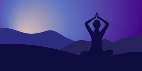 yoga am abend berglandschaft