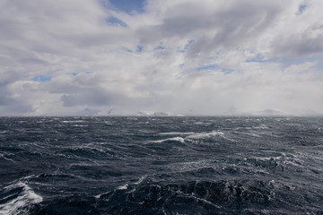 Foto auf AluDibond Antarktis Antarctic landscape view from sea