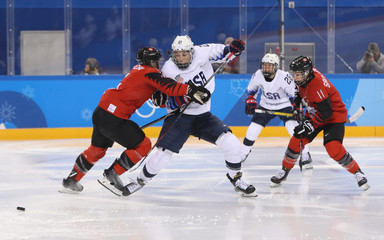 Olympics: Ice Hockey-Women Team Group A - USA-CAN