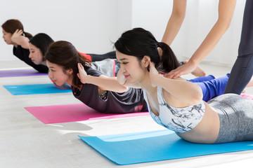 フィットネス・背筋トレーニング