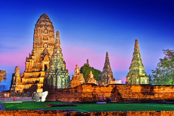 Photo sur Plexiglas Monument Wat Chaiwatthanaram, a Buddhist temple in Ayutthaya, Thailand