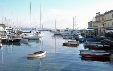 Pace, Napoli