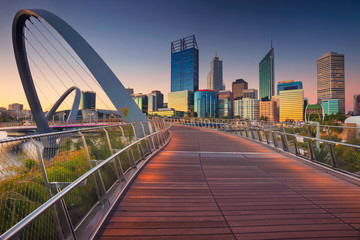 Photo sur Aluminium Océanie Perth. Cityscape image of Perth downtown skyline, Australia during sunset.