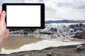 tourist photographs Solheimajokull glacier