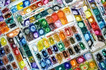Watercolor dirty palette in Painting Studio