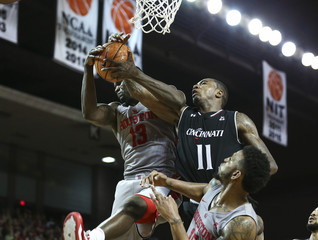 NCAA Basketball: Cincinnati at Houston