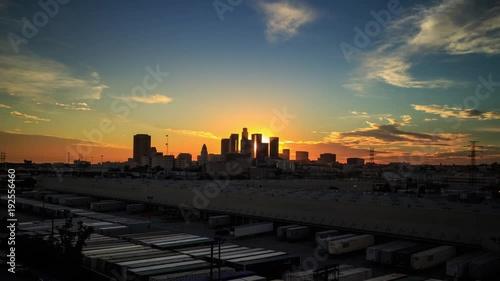 Fotobehang Scenic sunset to night downtown city Los Angeles skyline. 4K UHD Timelapse