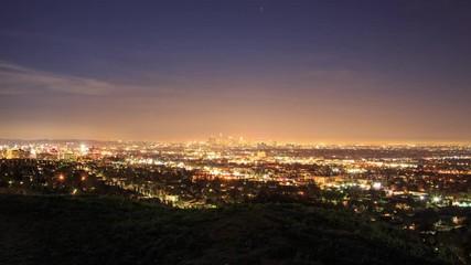 Klistermärke - Hyperlapse POV walk trail Hollywood Hills view Los Angeles cityscape night. 4K