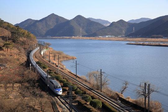 한국 기찻길 풍경