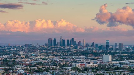 Fotobehang - City of Los Angeles skyline changing from day to night. 4K UHD Timelapse.