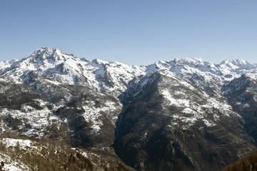 Paesaggio alpino nella valle di Gressoney