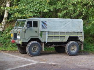 4x4 army vehicle