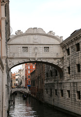 Bridge of sighs is an historical building called PONTE DEI SOSPIRI in Italy