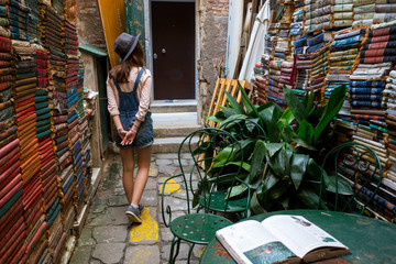 the famous bookstore in venice