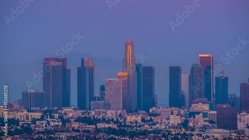 Fotobehang Downtown Los Angeles skyline changing from sunset to night city 4K UHD Timelapse