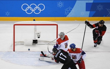 Olympics: Ice Hockey-Men Team Group A - CAN-CZE