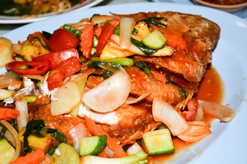 sea fried fish with vegetables