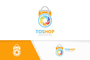 Vector camera shutter and shop logo combination. Lens and sale symbol or icon. Unique photo and bag logotype design template.