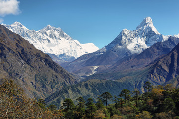 Nuptse, Everest, Lhotse and Ama Dablan mountain views