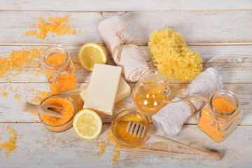Refreshing lemon salt to the feet and bath with olive oil to the body with natural soap and a sponge