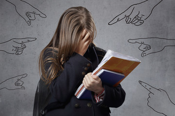 fillette harcelée à l'école