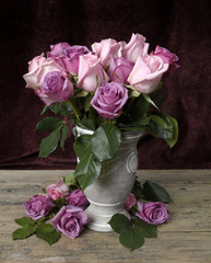 Roses in a vase2
