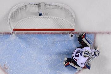 Olympics: Ice Hockey-Women Team Final 7-8 - SWE-KOR