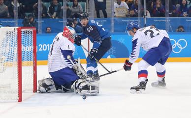 Olympics: Ice Hockey-Men Team Qualification Match for Quarterfinal - FIN-KOR
