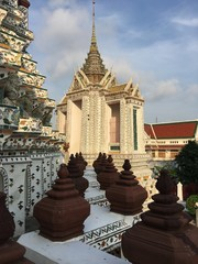 Details of famous Wat Arun buddhist temple, Bangkok, Thailand, East Asia, with its rich decoration and giants. daylight, outdoor, tourism industry, religion, buddhism
