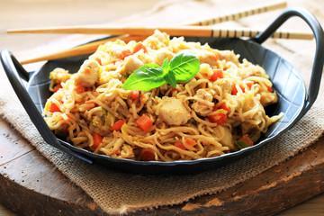 Bami Goreng, asiatisches Nudelgericht