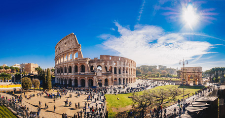 Foto auf Gartenposter Rom The Roman Colosseum (Coloseum) in Rome, Italy wide panoramic view