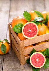 Fresh red grapefruit in the crate