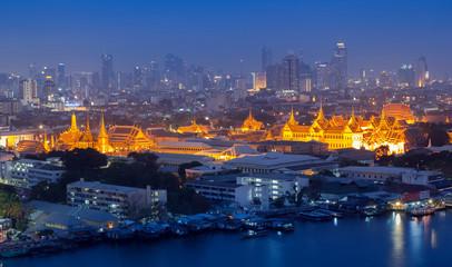 Poster Temple Grand palace at twilight in Bangkok, Thailand